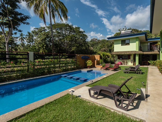7 Days Exotic Paddle Boarding and Surf Camp in Puntarenas, Costa Rica