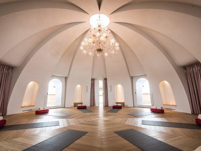 8 días de Experiencia Mandali: retiro de yoga y meditación en Quarna Sopra, Italia