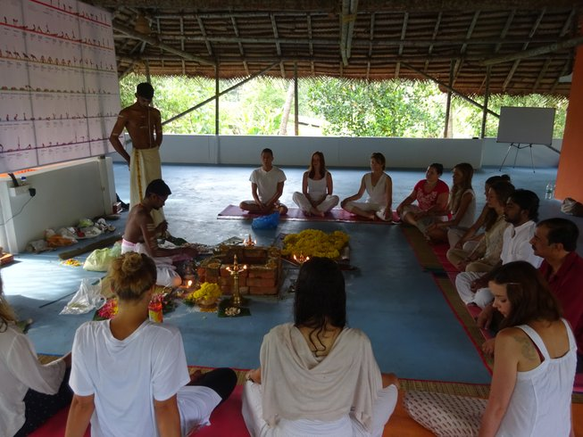 29-Daagse 200-urige Vinyasa Yoga Docententraining in India