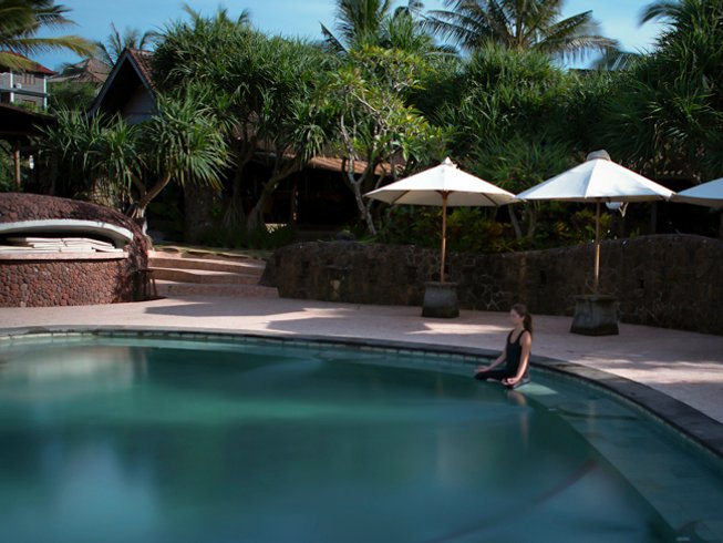 10 Days Ashtanga and Vinyasa Yoga Retreat in Balian Beach,Bali