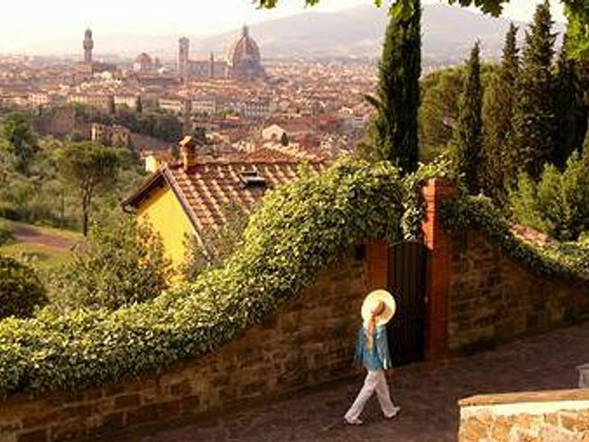 8 Days Awe Inspiring Yoga Retreat in Florence, Italy