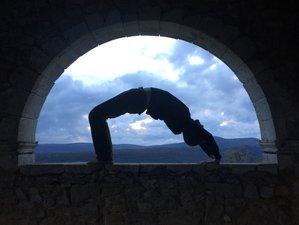 4 jours en stage de yoga et méditation pour vous laisser surprendre à Comps-sur-Artuby, Var
