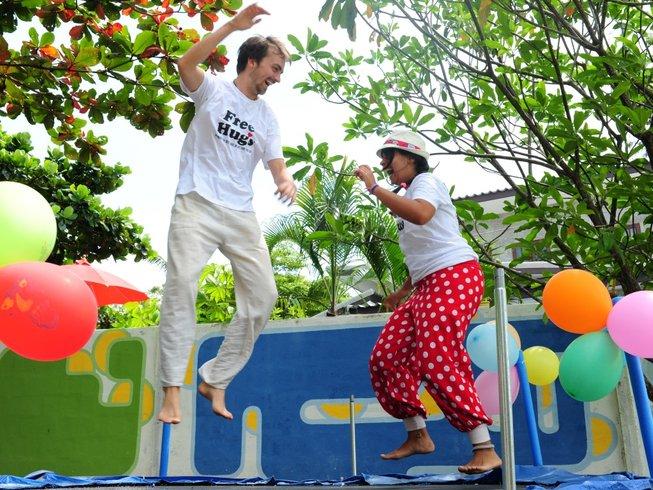 29 Tage Ayurvedische Detox Saftkur und Yoga Urlaub auf Koh Phangan, Thailand