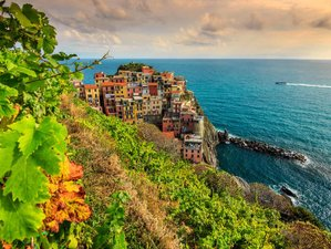 "8 Days ""Healing and Life-affirming"" Meditation and Yoga Retreat Cinque Terre, Italy"