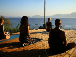 11 Tage Kundalini Yoga Retreat in Palairos, Griechenland