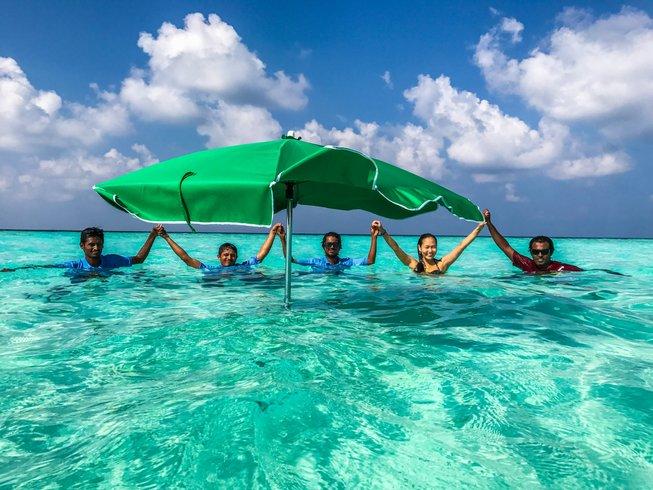 14 Days Surf Camp in Huraa Island, Maldives