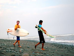 4 Day Experienced Surf Camp for Two in Medewi, Bali