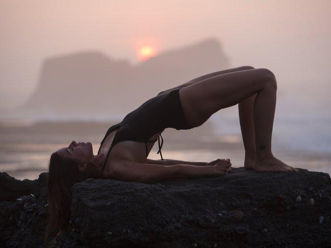 3 días retiro de yoga y surf en Cádiz, España
