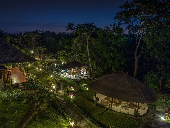 8 Days Lifestyle Surf and Yoga Retreat in Bali, Indonesia