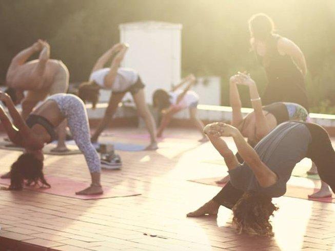 8 Tage Kitesurf Camp und Yoga Urlaub in Tarifa, Spanien
