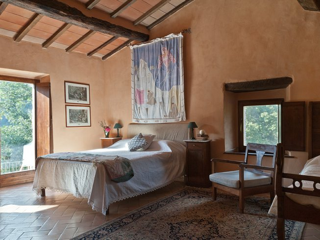 8 Days Yoga and Meditation Luxury Retreat in Tuscany, Italy