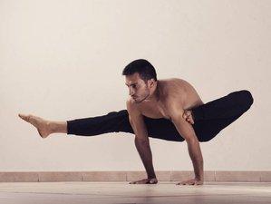24 Days 200-Hours Intensive Ashtanga Yoga Teacher Training in Rishikesh, India