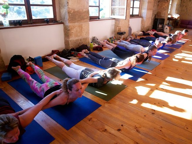 7 Days Massage, Paddle and Beach Yoga Retreat in Spain