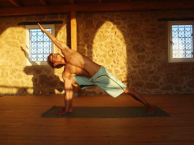 8 Days Surf and Yoga Retreat Morocco