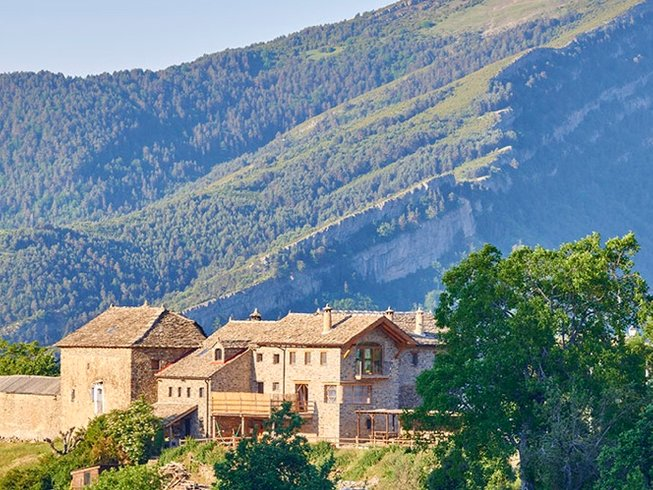 7 Days Cooking, Hiking, and Yoga Retreat in Spain
