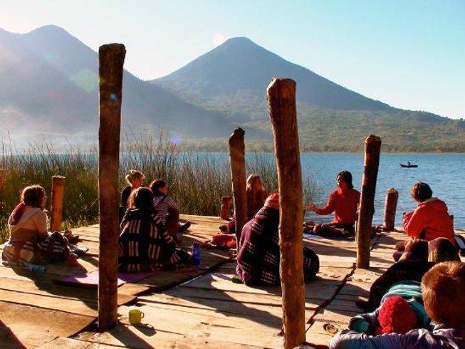 25-Daagse 200-urige Yoga Docentenopleiding in Solola, Guatemala