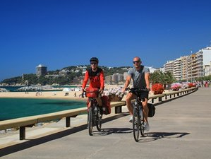 7 Days Volcanoes to the Mediterranean Bike Tour in Girona Area, Spain