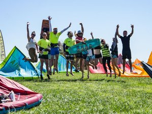 8 Day Basic Kitesurfing Course and Accommodation in Sicily, Marsala