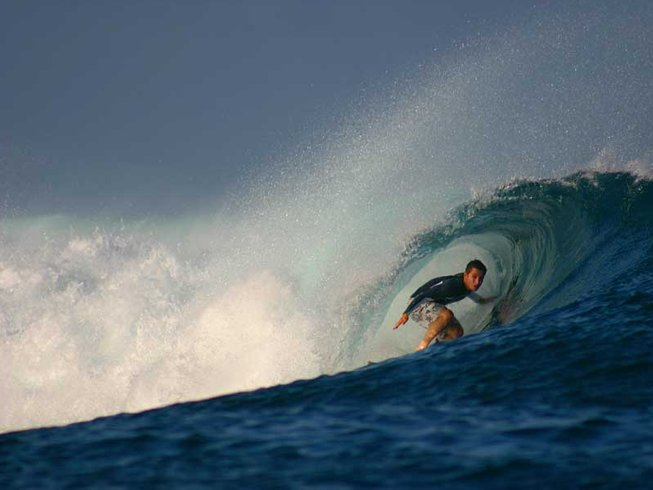7 Days Delightful Surf Camp Indonesia
