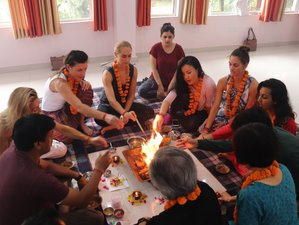 14 Day Yoga and Ayurveda Course in Rishikesh