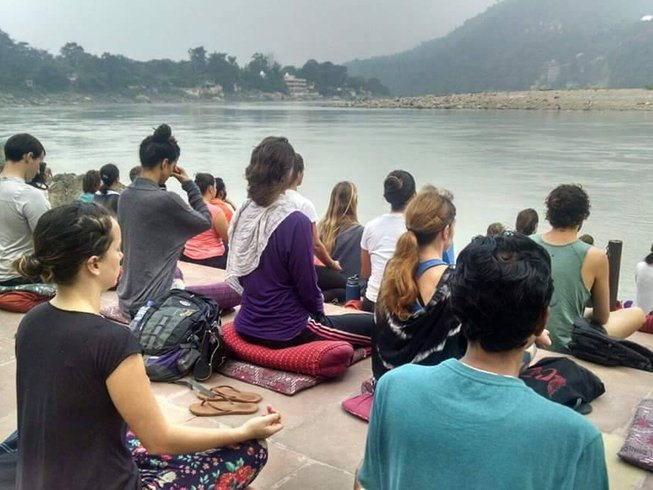 14 Days Detox and Yoga Retreat in India