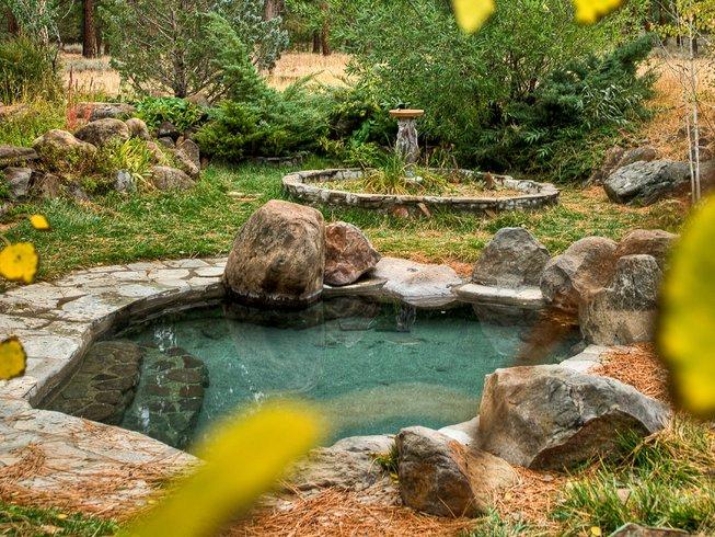 3 Days Sierra Hot Springs Yoga Retreat in California