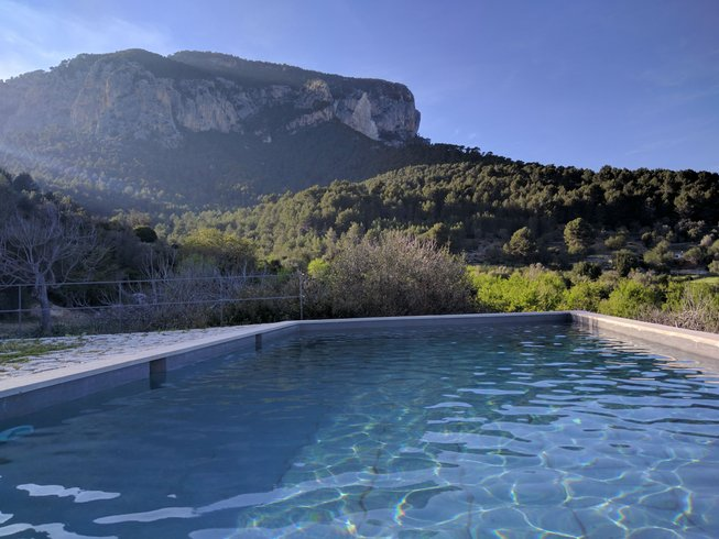 7 Days Yoga, Massage, Hike and Paddle Retreat in Mallorca, Spain