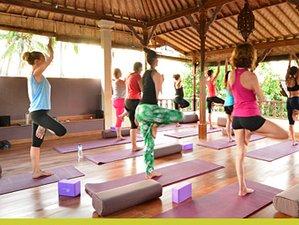 Couples Yoga and Thai Massage Retreat Amed Beach Bali