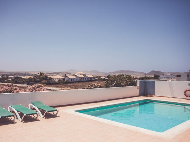 8 Days Eat into Balance - Holistic Health and Yoga Retreat Fuerteventura, Spain