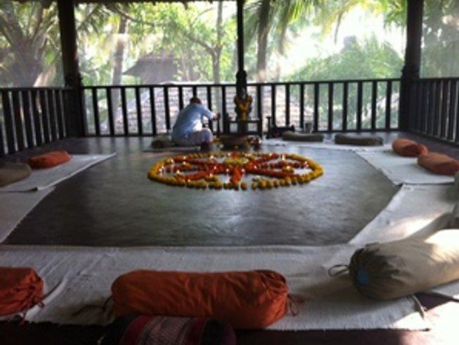 8 Days Symphony of Sensory Yoga Retreat in India