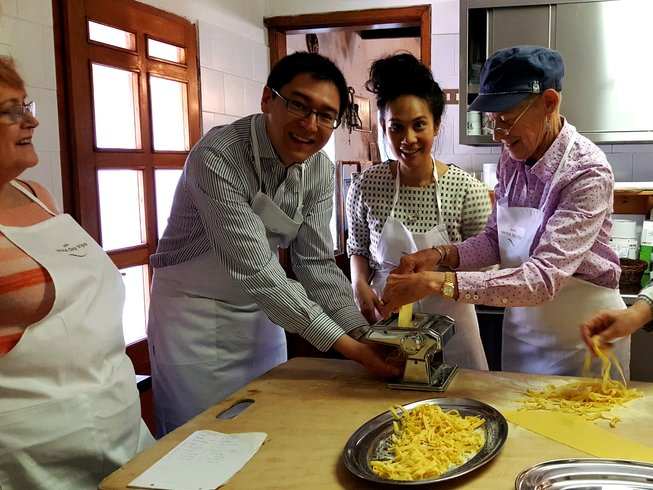 5 Days Cooking, Cheese & Wine Tour in Prosecco, Venice