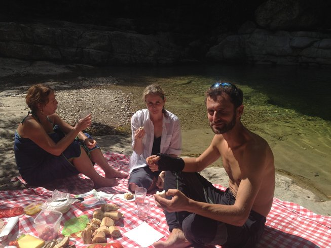 6 Days Culinary Vacation, Hiking and Yoga Retreat in the South of France