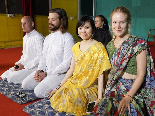 30 Days 200 hour Yoga Teacher Training Scholarship in Rishikesh, India