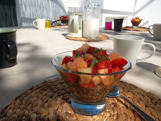 7 Days Juice Fasting Detox and Yoga Retreat in Lagos, Portugal