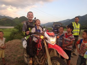 8 Day Incredible Northwest Vietnam Guided Motorbike Tour to Ha Giang