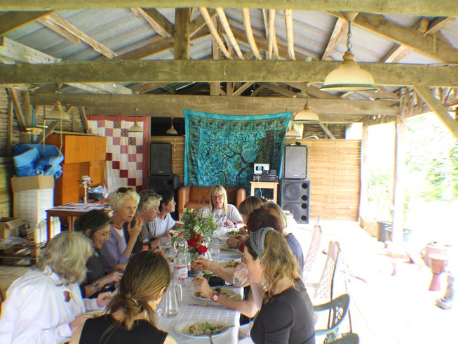 4 Days Art and Yoga Retreat in Charroux, France
