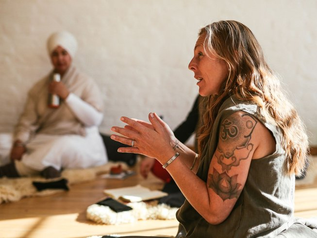 5 Days Blissful Yoga Retreat Algarve, Portugal with Shaura Hall and Neil