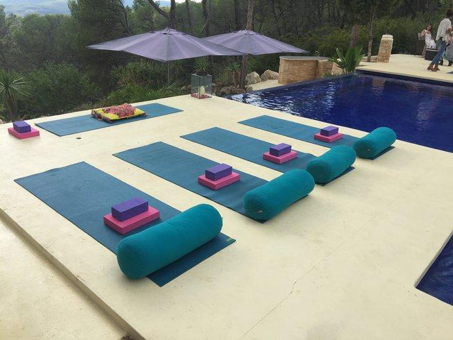 7 Tage Inneres Leuchten im Yoga Retreat auf Ibiza, Spanien