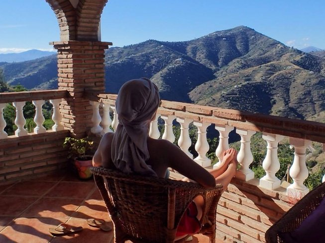 6 Days Yoga and Pranayama Retreat in Valencia, Spain