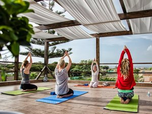 5 días de retiro de yoga y surf en Sicilia
