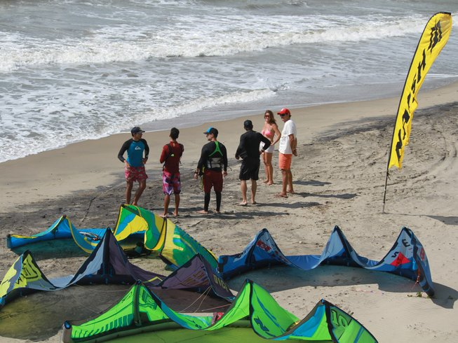 8 Days Beginner Trip and Kite Surf Camp in La Guajira, Colombia
