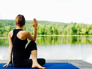 3 Tage Golden Yoga Retreat auf Schloss Auel, Bergisches Land