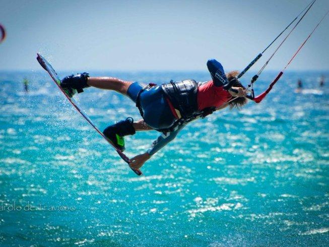 5 Days Improvement Kitesurfing Surf Camp in Tarifa, Andalusia, Spain