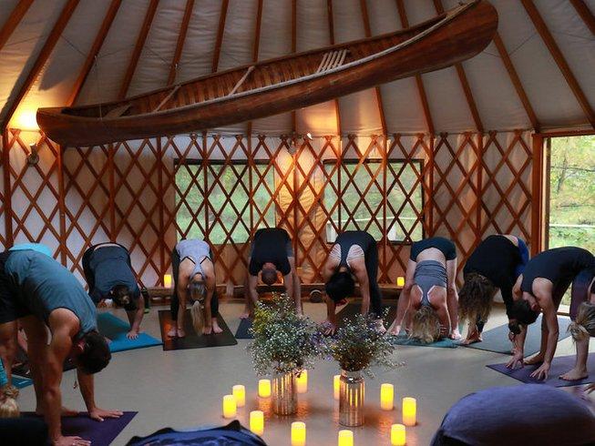 3 Days Wild Heart Women Circle Soundbath Dance And Yoga Retreat In Ontario Canada Bookyogaretreats Com