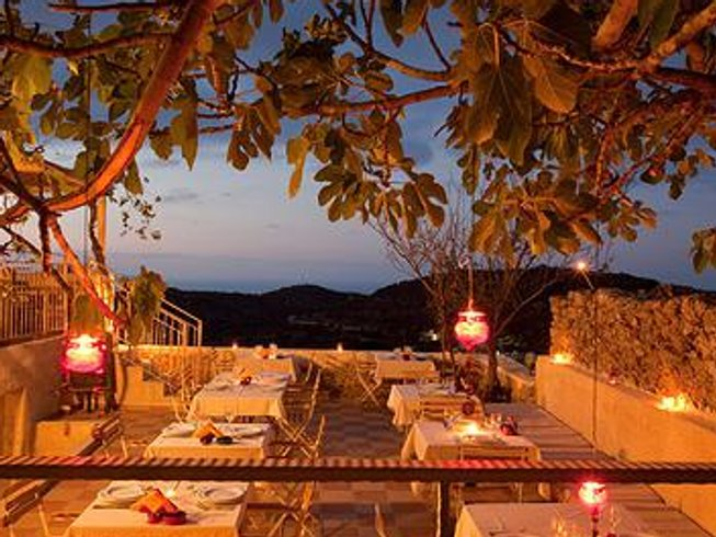 8 Days Culinary Vacations for Singles in Crete, Greece