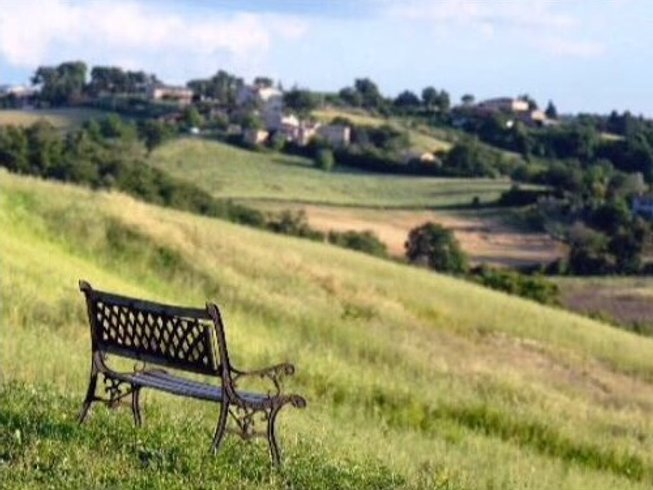 7 Days Cooking and Countryside Yoga Holiday in Umbria, Italy