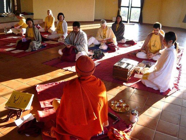 19 días de curso intensivo de yoga Hatha en Uttarkashi, India
