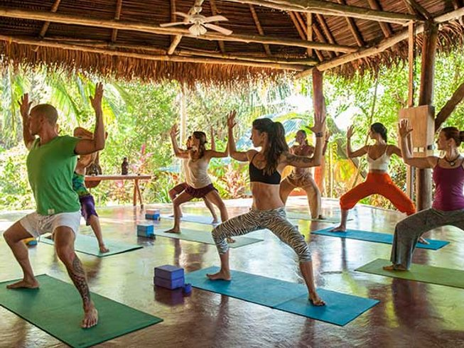 15 días entrenamiento para el equilibrio y retiro de yoga en Guanacaste, Costa Rica