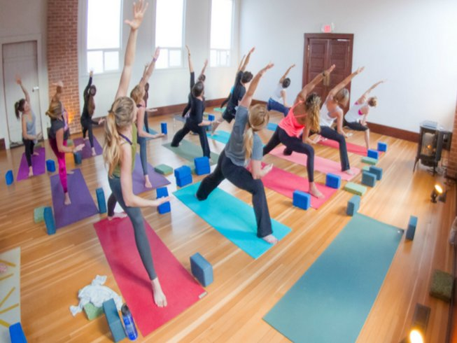 8 Days Yoga Retreat Italy