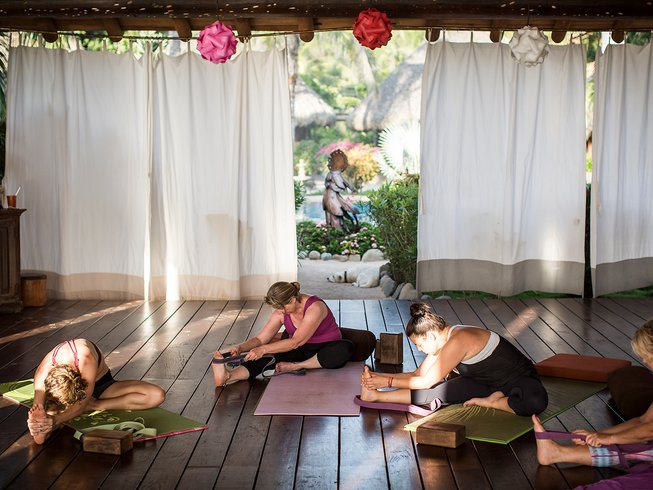 8 Days Restore and Refresh Yoga Retreat in Troncones, Mexico